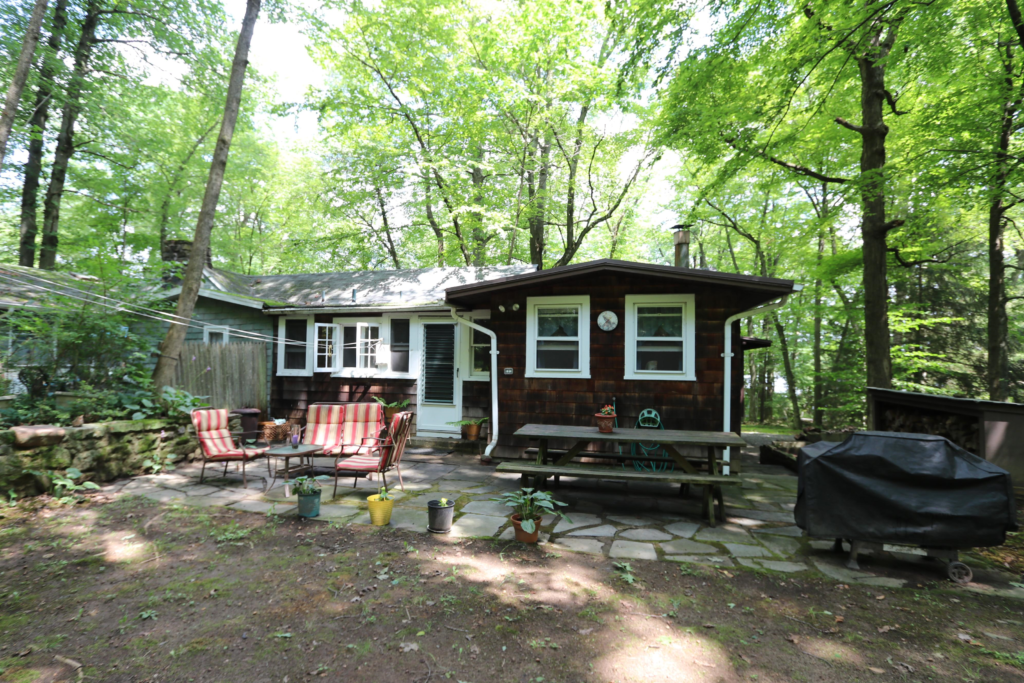 Camp 48 cabin in the woods